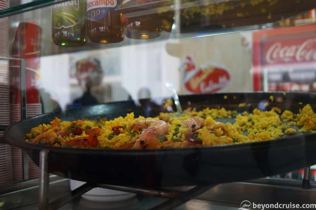Cadiz food market - paella