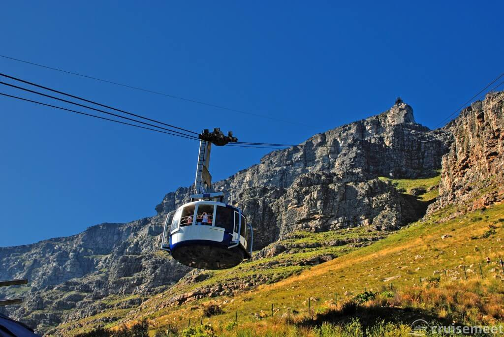 Cape Town: Funicular up Table Mountain