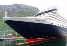 Cunard Line - Queen Elizabeth in Flaam