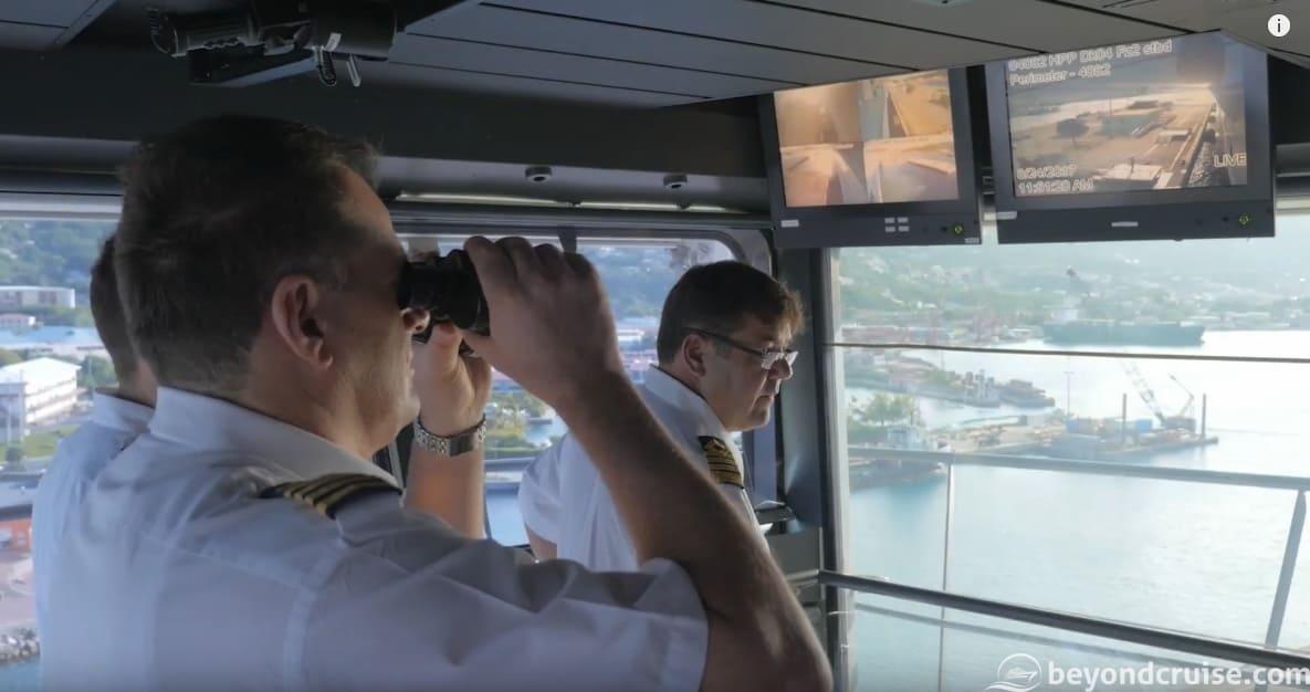 How a cruise ship navigates a narrow port