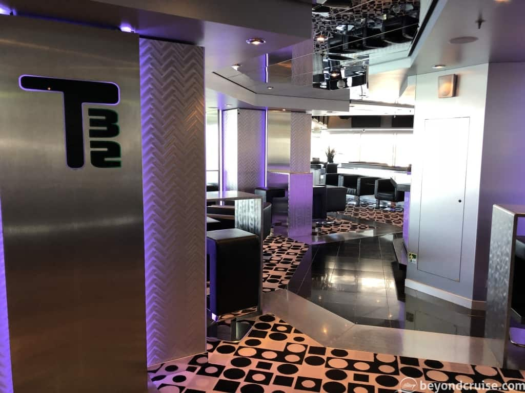 MSC Magnifica T32 Nightclub entrance