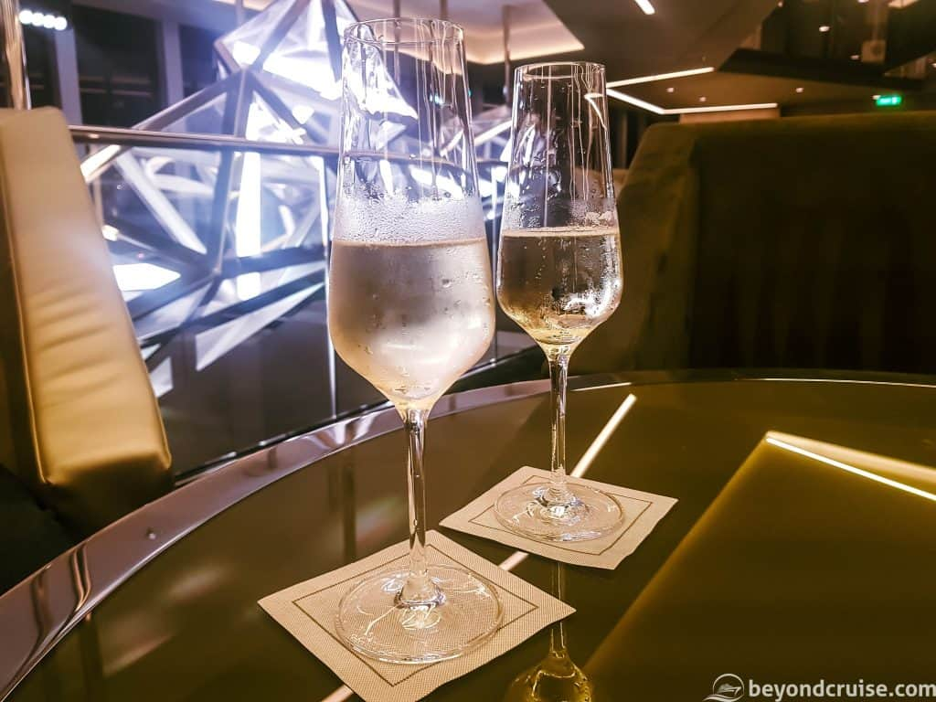 MSC Meraviglia - Champagne Bar - Laurent Perrier champagne