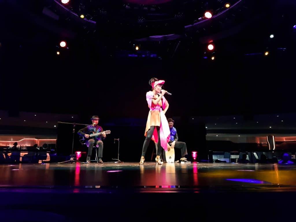 Cirque Du Soleil At Sea – Singer, Pre-show