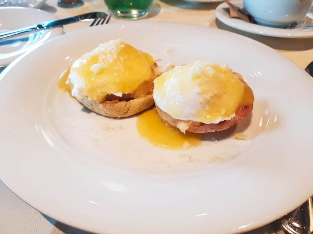 MSC Meraviglia Waves Main Dining Room Eggs Benedict