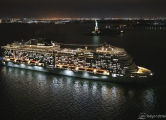 MSC Meraviglia makes her maiden call into New York