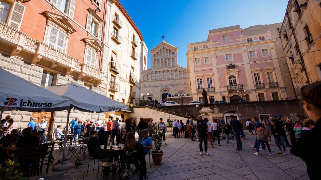 Cafe by Cagliari Cathedral