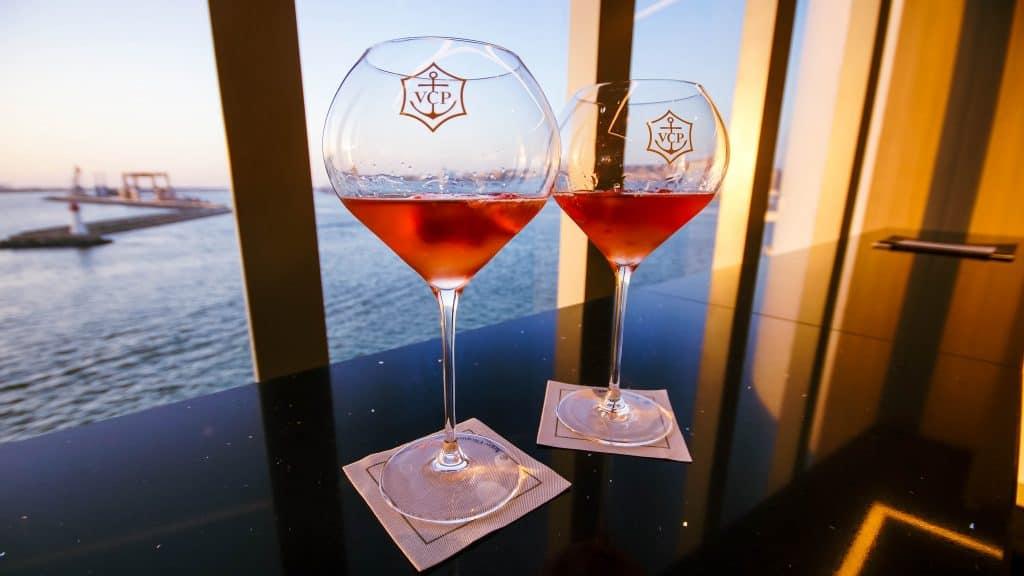 Cagliari Sailaway – Veuve Clicquot Rich Rosé, Champagne Bar