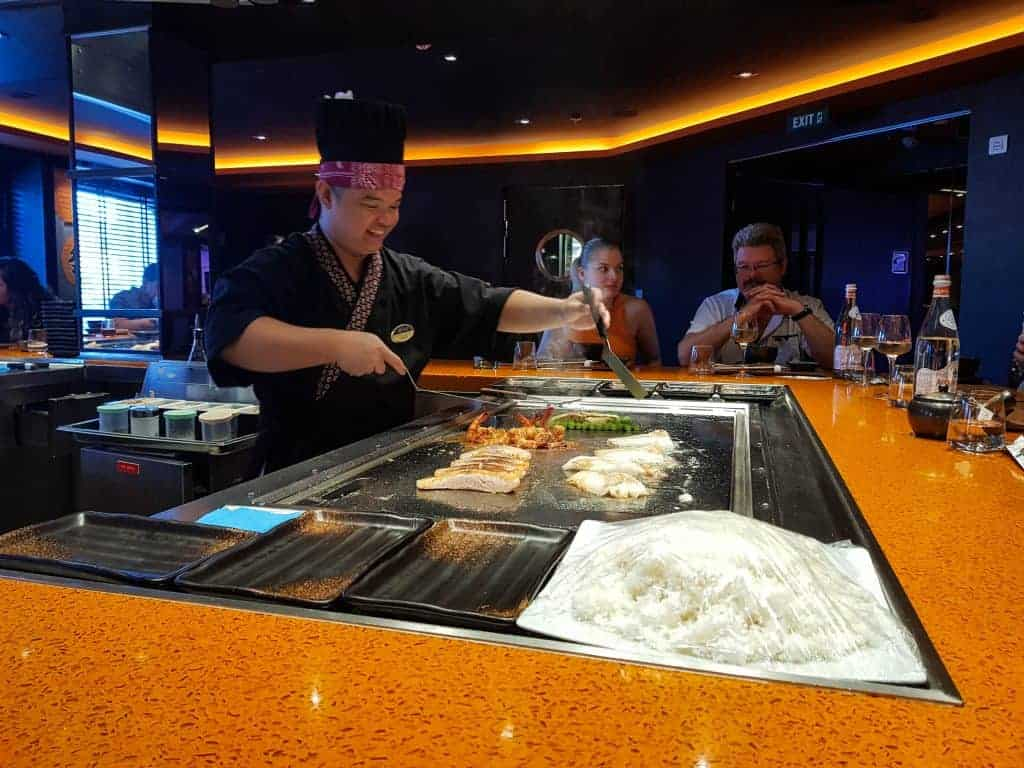 MSC Meraviglia Kaito Teppanyaki – Michael, our chef cooking and singing!