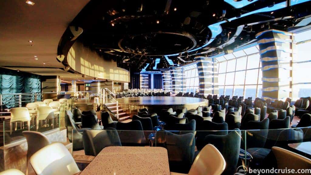 MSC Meraviglia Carousel Lounge by day